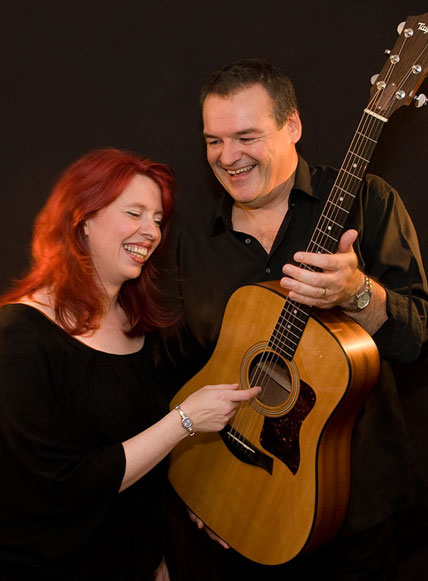 Avenue Acoustic Duo wedding band booking